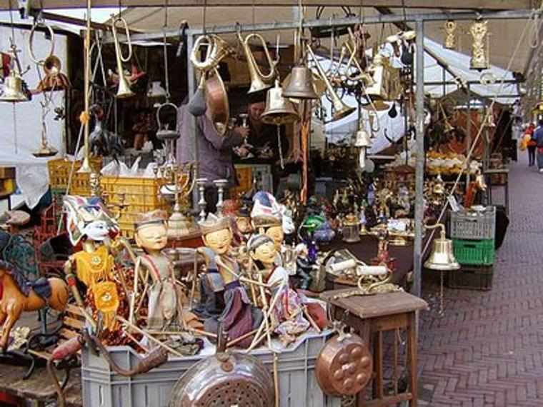 I mercati del lago maggiore tradizione e folklore for Mercatino antiquariato