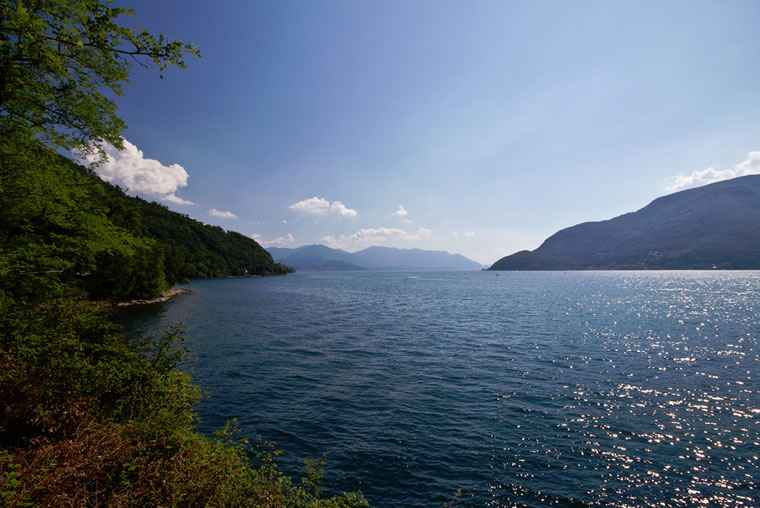 Acque limpide sul Lago Maggiore
