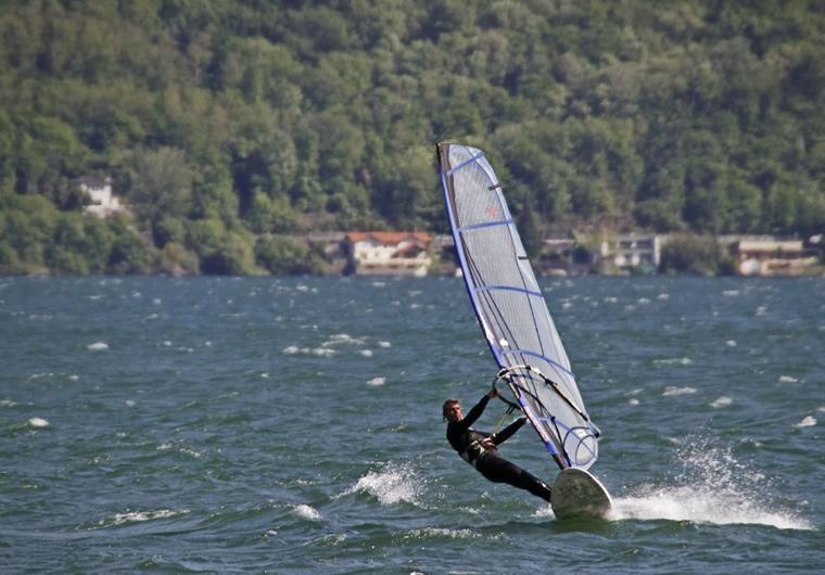 Windsurf Lago Maggiore