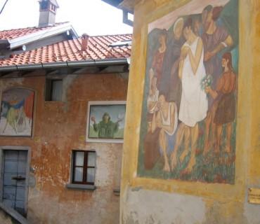 Arcumeggia, il paese dipinto