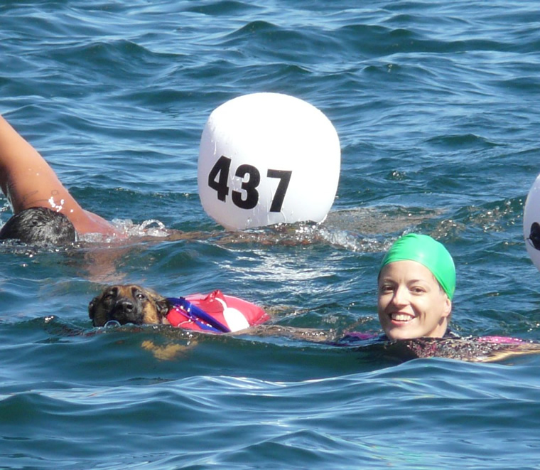 da Angera a Arona a nuoto
