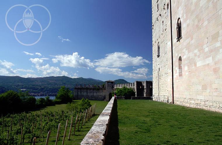 Giardino Rocca di Angera