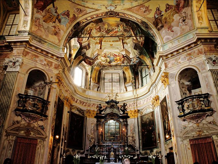 La chiesa del Santuario di Madonna del Sasso