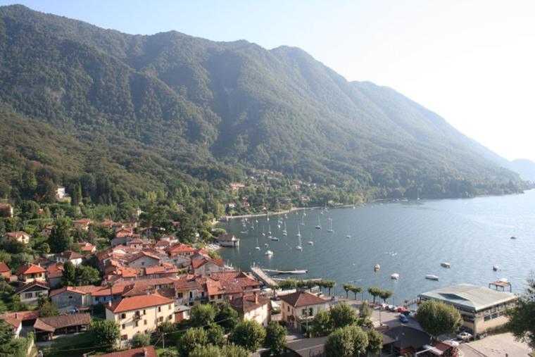 Castelveccana Lago Maggiore