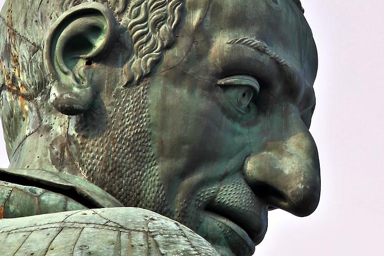 Statua San Carlo
